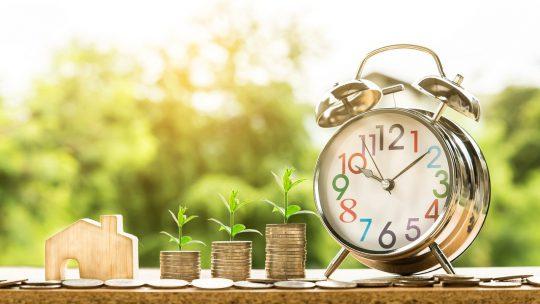 Pożyczanie pieniędzy, zawsze generuje dodatkowe koszta